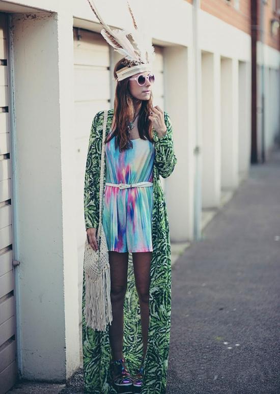 夏末初秋的天气 你需要一件这样的罩衣