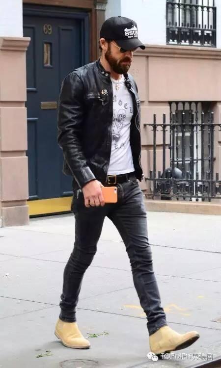 牛仔外套搭配什么鞋子_黑色牛仔外套配什么鞋 v118.com