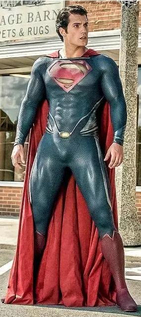 大块头有大智慧,Superman教你穿搭技巧(组图)