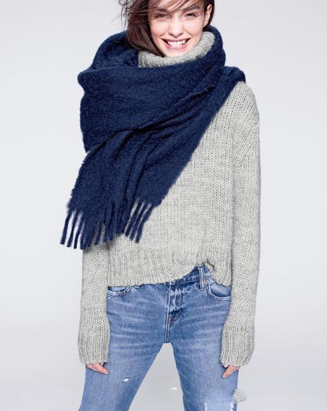 """创意围巾系法 让你""""颈""""上添花"""