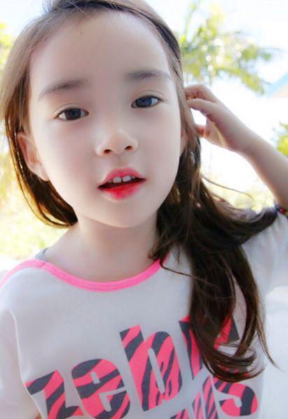 韩国小学生上学前的第一件事竟是化妆!