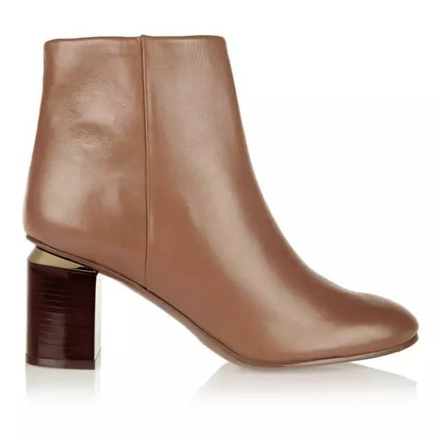 秋季必备及踝靴  这样搭配让腿变长5CM