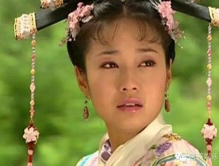 之后,就在大家都熟悉了林心如演的紫薇的时候,马伊琍又是敢于颠覆,在