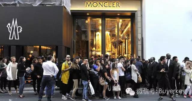 Moncler蒙口:羽绒服界的No.1 明星人手一件