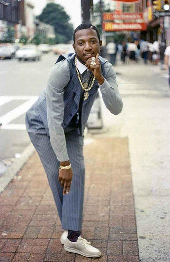 前些日子,一张纽约街头的父子背影照在网上被疯狂转发