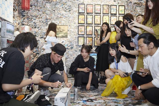 """WAVELENGTH:出厂设置""沉浸式艺术体验展上海开幕"