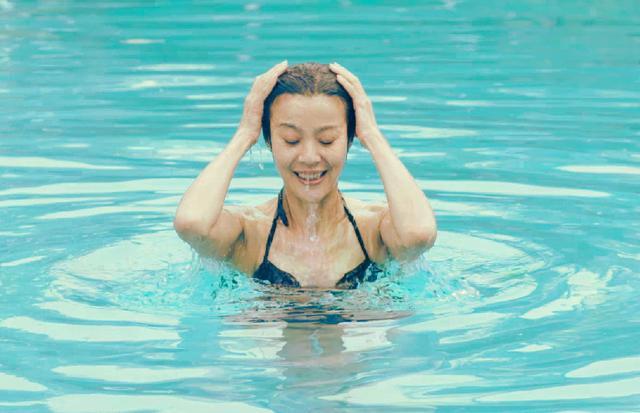 中国大妈又逆天了!穿身材比女性泳装维秘超模感染性感hpv能自愈图片