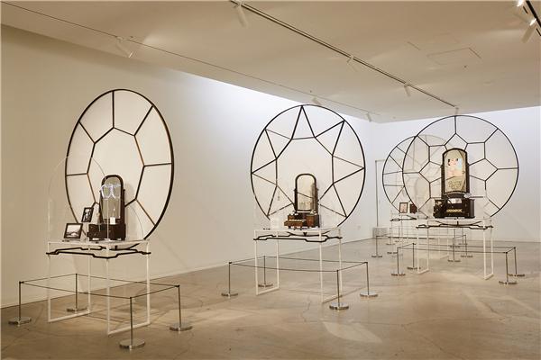 """施华洛世奇 """"闪耀的珍藏"""" 展览亮相首尔 回溯历史闪耀今天"""