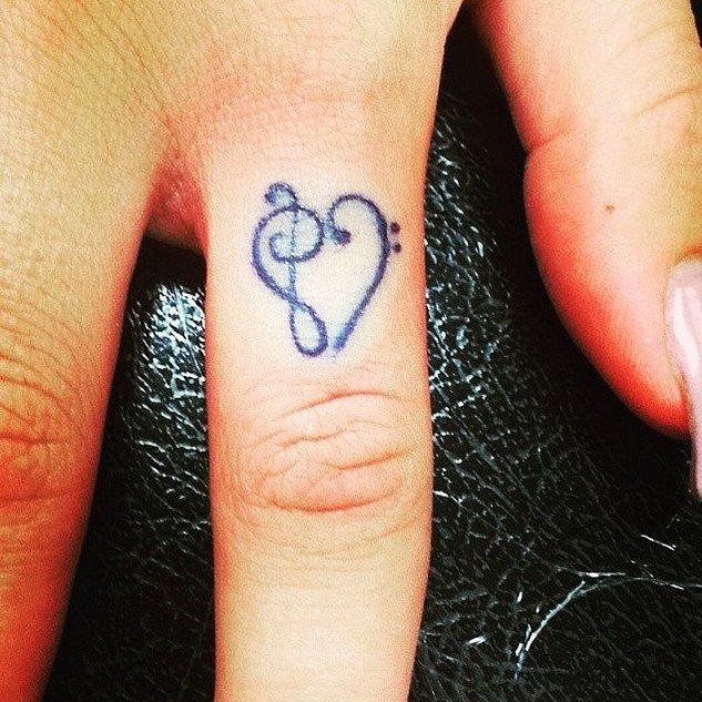 """八公举:30张""""手指纹身"""" 看完就想去纹身了_时尚_腾讯网"""