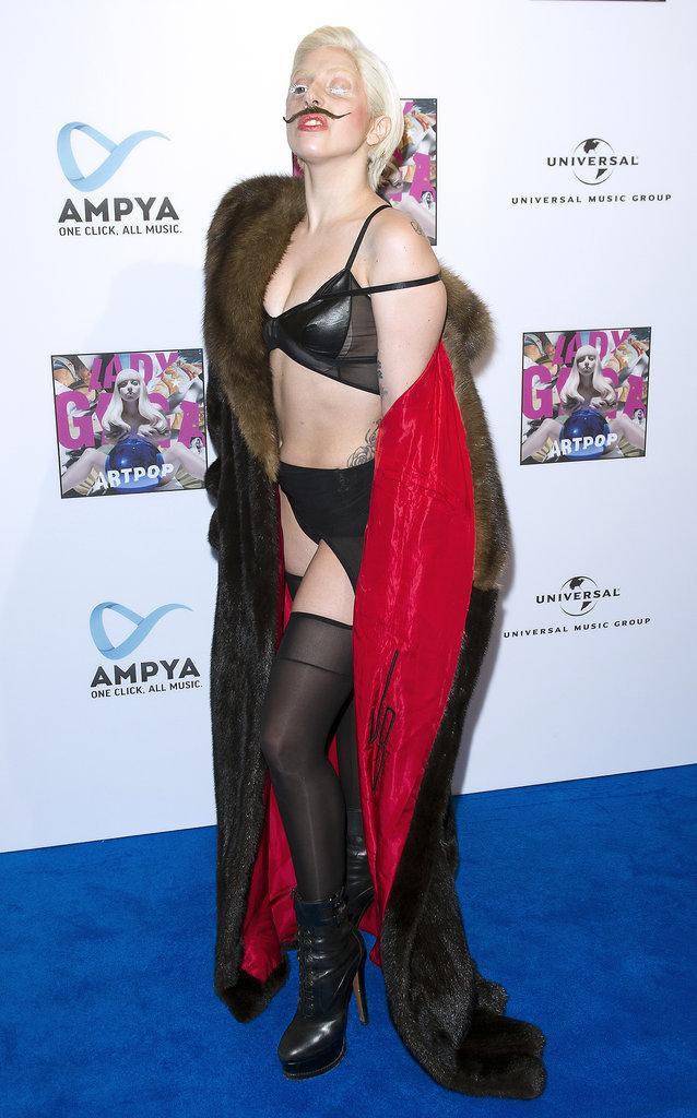 白羊座街拍女王 28岁Gaga惊天造型盘点