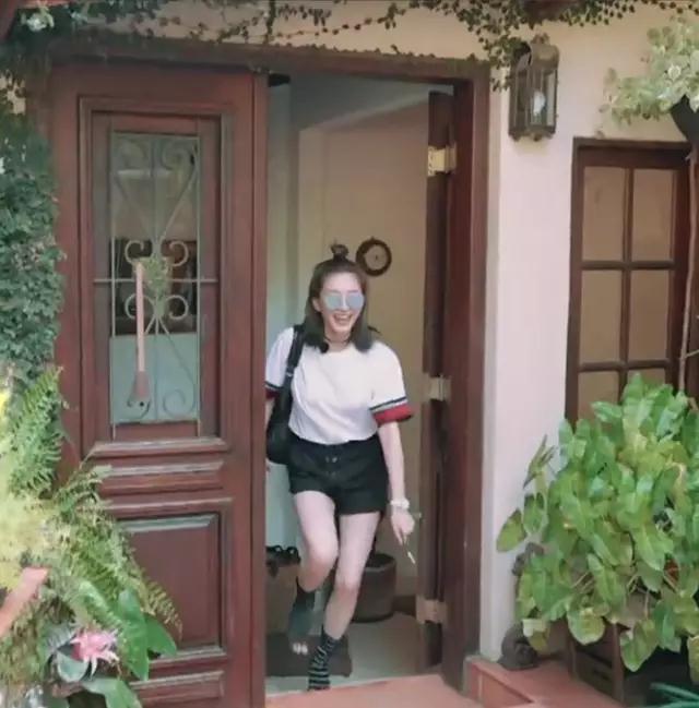 《花儿与少年》旅游节目?不不不其实人家是档大型高级时装秀!