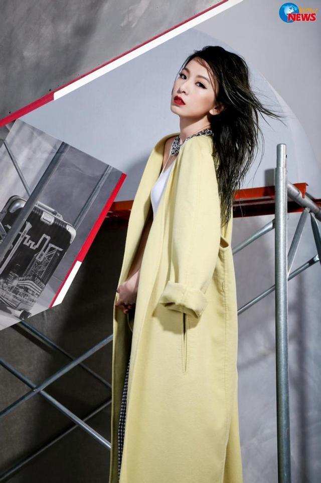 田馥甄的时髦日常:唱歌耍文艺,深夜秀锁骨