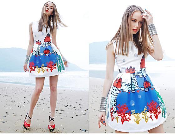 今天穿什么:文艺复兴艺术美不过油画印花裙