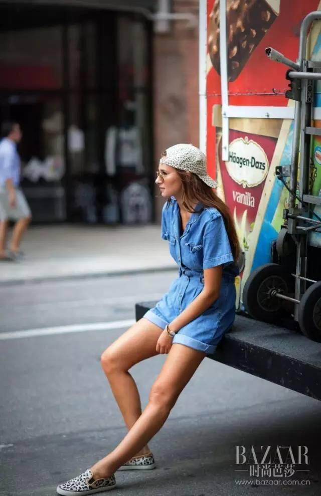这些女人懒到只肯穿1件衣服出门!结果还比你时髦比你美~