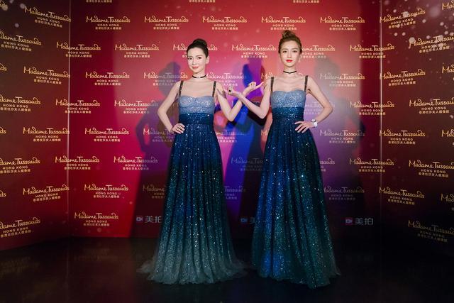 Angelababy蜡像香港揭幕   仙气星空裙造型美翻全场