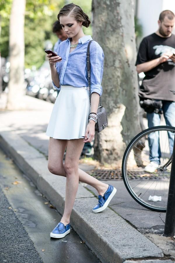 教你裙子该如何搭配运动鞋