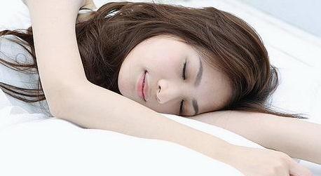 同样都睡美容觉 别人为什么比你美?