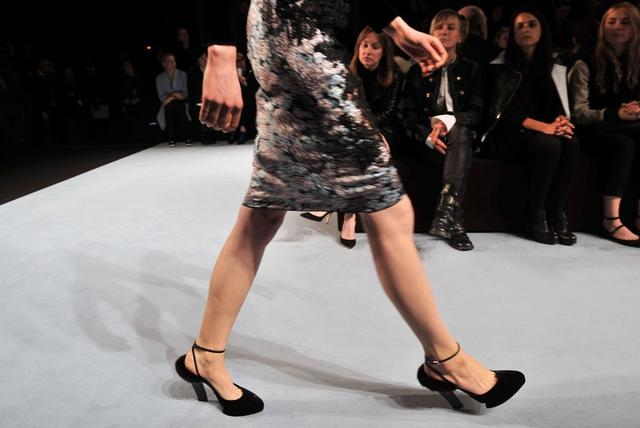 巴黎时装周你要记住的经典配饰