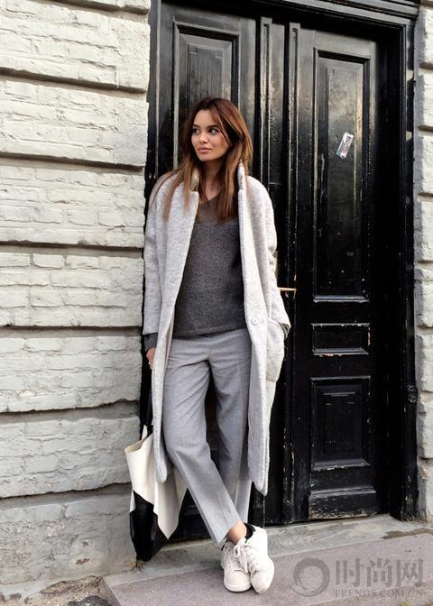 灰色的服装那么好看 从选择到穿出高级灰 手把手把你教会