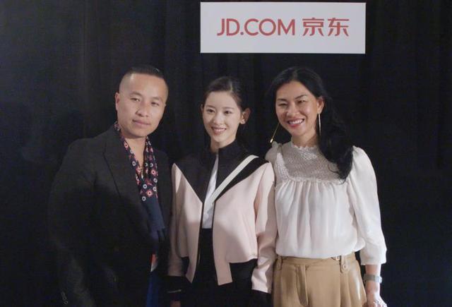 牵手国际知名设计师品牌3.1Phillip Lim 京东时尚展现行业先驱力量