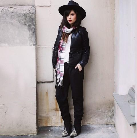潮人示范12种围巾时尚变化 会穿衣服就会搭