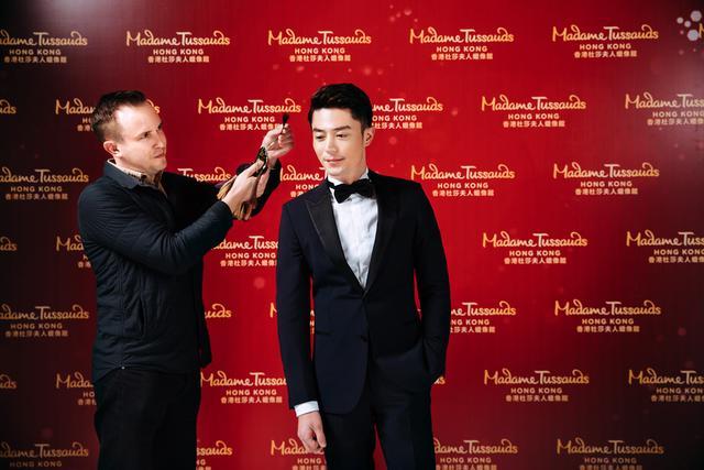 """两个""""霍建华""""来了! 香港杜莎打造首个全息影像体验"""