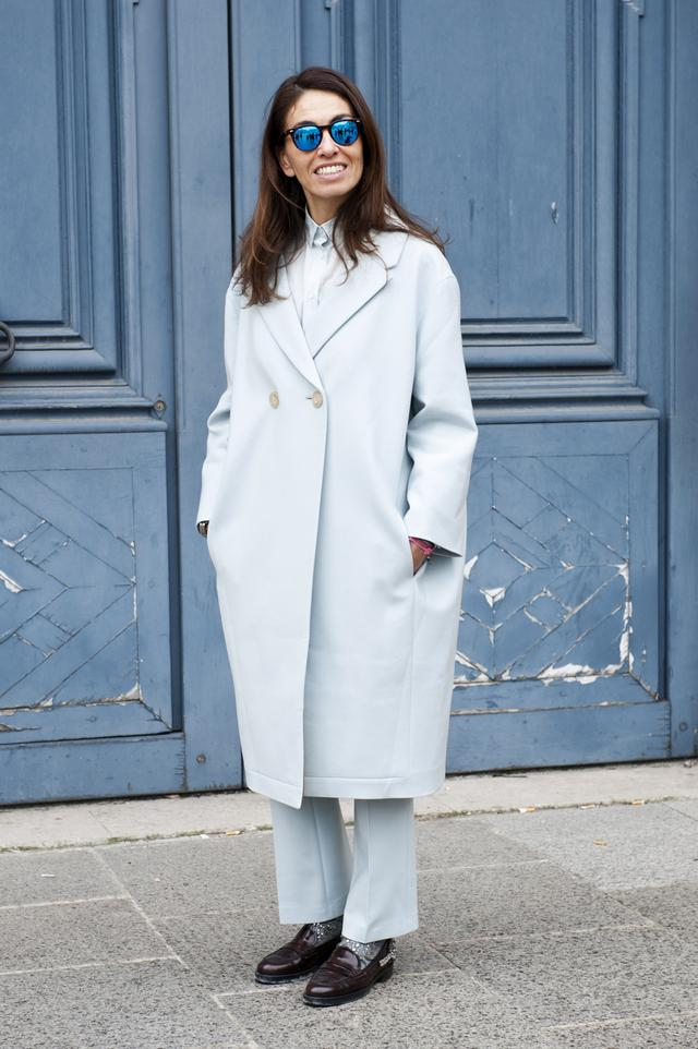 显瘦外套太小家子气 宽版外套正流行