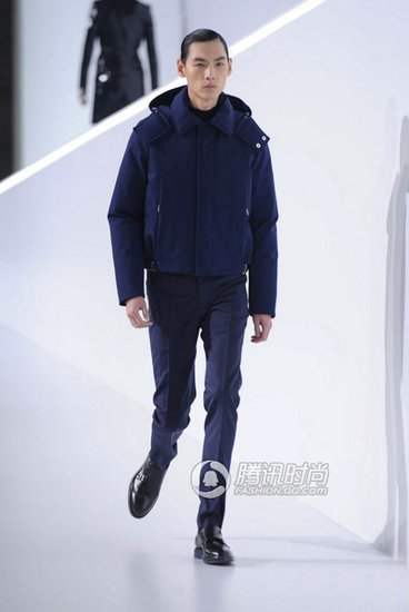 DIOR HOMME北京秀 龙腾精英6型男大放异彩