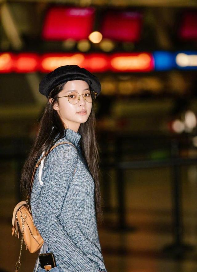 娱乐圈的新生代主力军欧阳娜娜 这样的她撩到你了吗?
