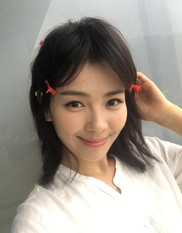 """八公举:杨紫刘涛王子文共用一款发型 叫做""""掀开你的齐刘海"""""""