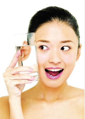 最简单的减肥方法全天喝水减肥表瘦身的酒图片