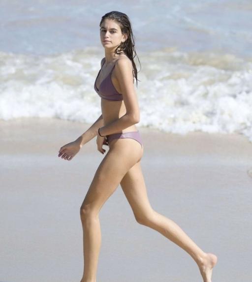 Kaia Gerber的一双好腿,这就是别人的十五岁!