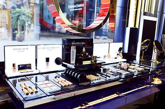 凡人观时尚:大牌化妆品降价真是因为关税下调吗?