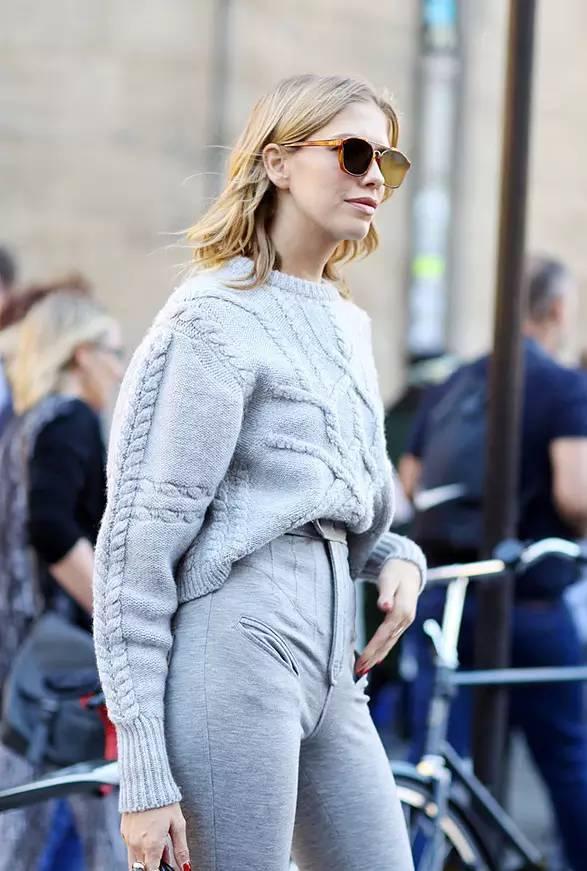 穿件大一号的厚毛衣 冬日最幸福的事情