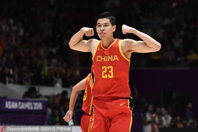 FIBA评亚洲新星:阿不都像刘玉栋 胡金秋是年青版阿联