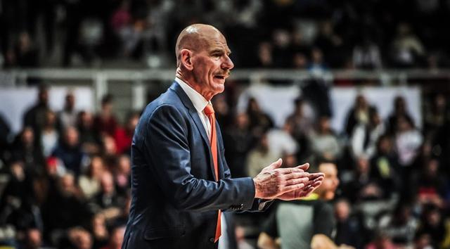 荷兰实力提升!主帅:世预赛有利欧洲发展篮球