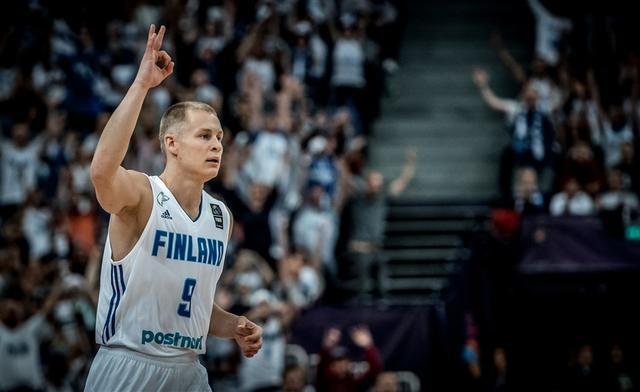 """芬兰后卫达成个人里程碑 成为""""100俱乐部""""成员"""
