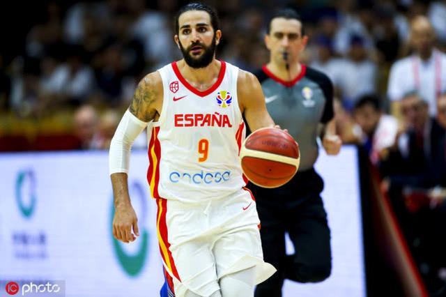 西班牙险胜意大利晋级8强 J-埃尔南戈麦斯16+4