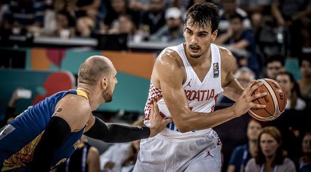 76人大将谈男篮世预赛:保持健康将回归国家队