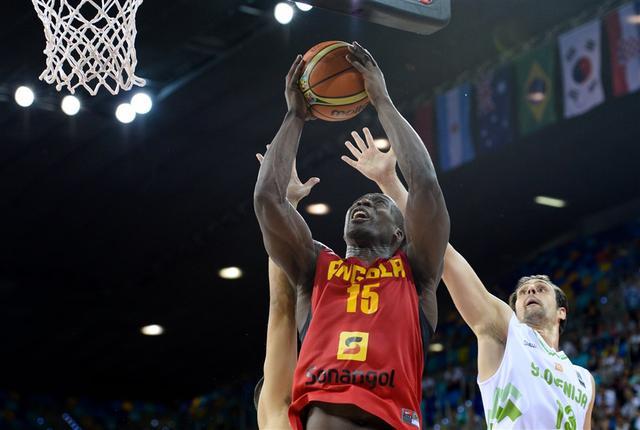 安哥拉4届世界杯功臣不服老:还想来中国参赛