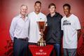 全新篮球世界杯冠军奖杯发布 首次由纯金打造