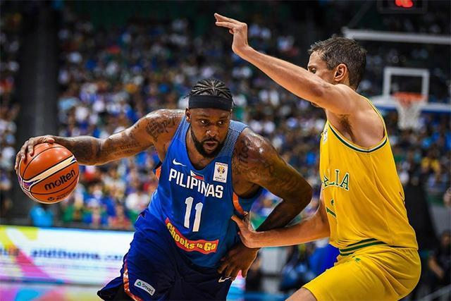 布拉切落选菲律宾世预赛大名单 2.16米小将入选