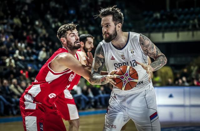 塞尔维亚将迎榜首之战 主帅:用表现回馈球迷