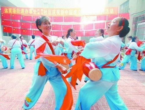 开展群众文化活动_我县各地农村纷纷开展群众性文化和体育活动欢