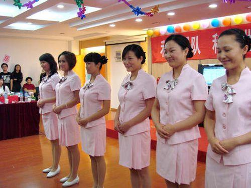 武汉一医院月薪1万聘美女导医惹争议多图