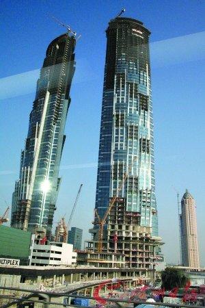 迪拜塔世界第一高楼楼价狂打三折 温商失血
