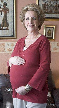 性感老妇_60岁老妇将成为英国接受试管受精最年长者