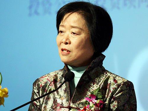 吴晓灵:私募基金合法化将促进资本市场的发展