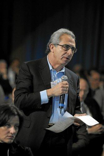 图文:耶鲁大学全球化研究中心主任Ernesto