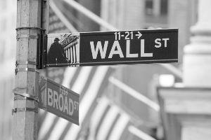 """美""""金融危机责任费"""" 惩罚了谁?"""